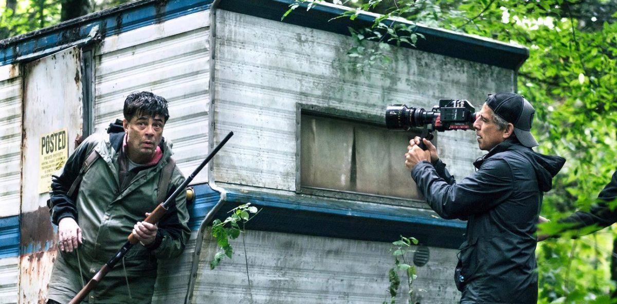 Бенисио дель Торо и Пол Дано сбегают из тюрьмы - кадры сериала Escape from Dannemora
