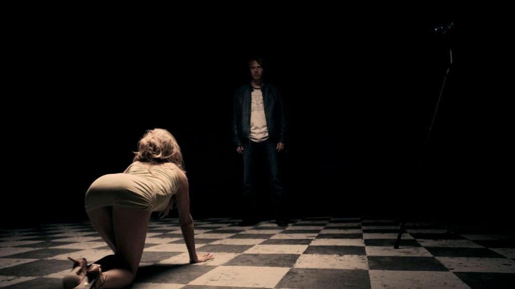 Кадр из фильма «Сербский фильм»