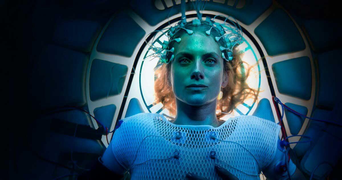 Трейлер: фантастический триллер «Кислород» с Мелани Лоран
